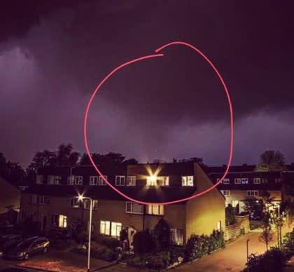 De tornado wordt o.a. in Zutphen gehoord en gezien. Bron: Joran Grip.